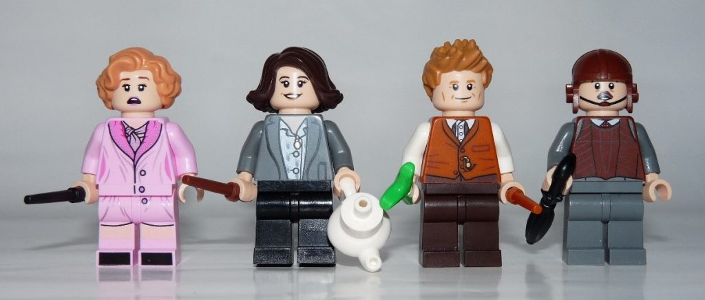 LEGO Newt´s Case of Magical Creatures Minifigures Additional Face Print Queenie Goldstein, Tina Goldstein, Newt Scamander and Jacob Kowalski - 75952 Set