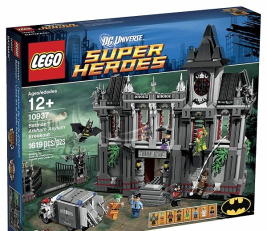 LEGO 10937 Arkham Asylum Breakout - Best LEGO Batman Sets DC Comics Super Heroes