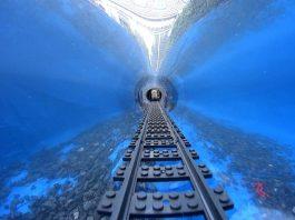 Lego Underwater train - BANANENBUURMAN